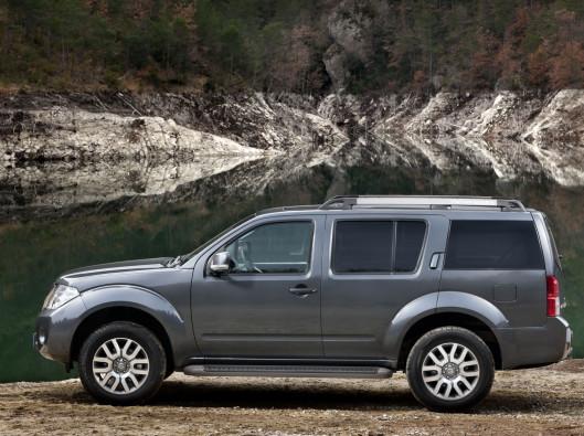 Nissan-Pathfinder-01