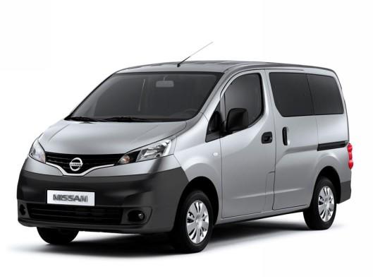 Nissan_NV200-05
