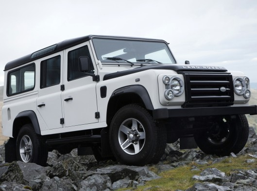 land_rover_defender_fire_ice_editions_wallpaper NOLEGGIO
