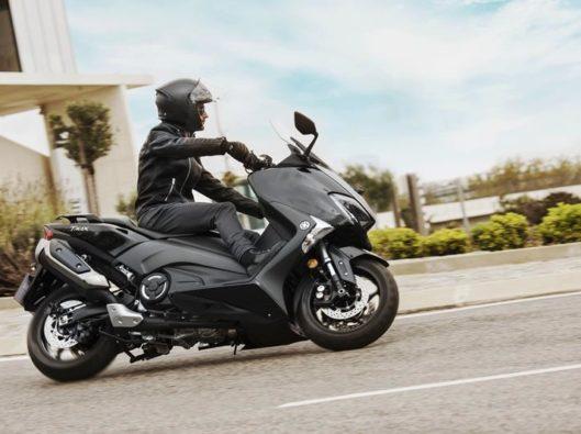 Yamaha-T-MAX-noleggio lungo termine