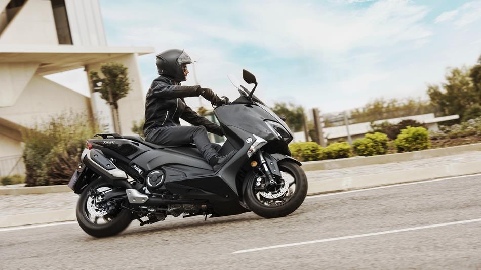 noleggio moto e scooter lungo termine senza anticipo
