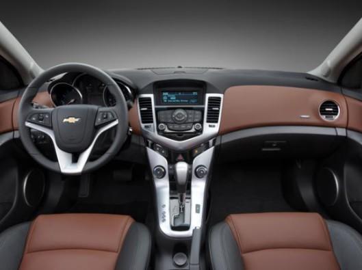 Chevrolet-Cruze-ltz-03