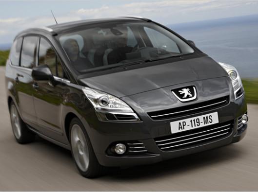 Peugeot-5008-02