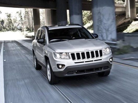 354719_5040_big_Jeep-Compass_2011