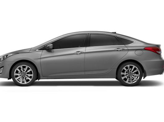 Hyundai-i40-Sedan-9