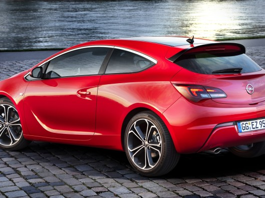 OPEL-ASTRA-at-DRIVELIFE-MAGAZINE_26