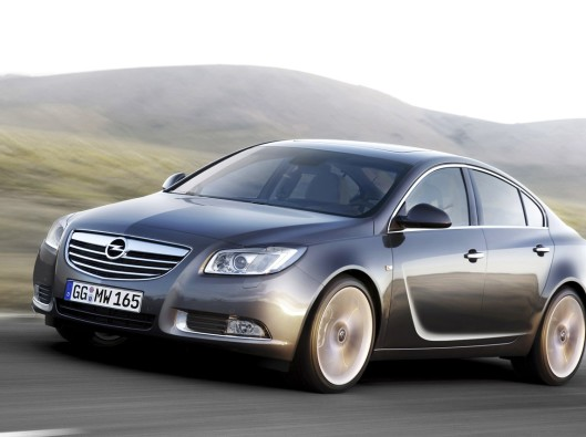 Opel-Insignia-Cosmo