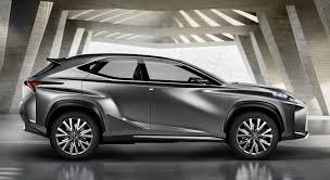 Lexus NX a noleggio a lungo termine roma