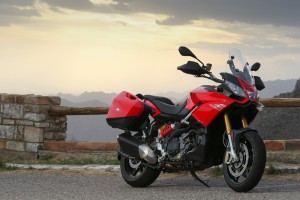 Aprilia-Caponord-noleggio lungo termine moto