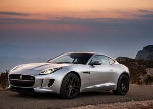 Jaguar-F-Type_Coupe-noleggio lungo termine